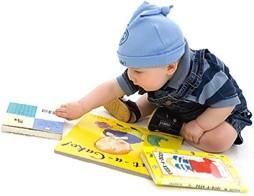 bambino-legge-libro