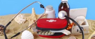 In vacanza con i nostri bambini: quali sono i farmaci da portare con noi?