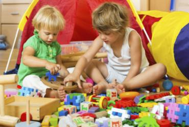 Soffocamento e ostruzione vie aeree nei bambini: i 10 alimenti vietati