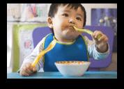 Bambini a tavola: il loro rapporto con il cibo